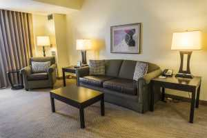 Suite_Couch